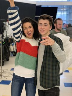 Disney Couples, Cute Couples, Cute Faces To Draw, Andi Mack Cast, Ross Butler, Sofia Wylie, Love U Forever, Son Luna, High School Musical