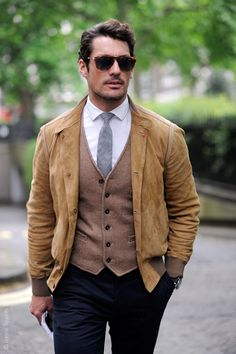 It is a nice layering, but the piece that got my attention is the jacket. Great color and cut. #menswear #style #jacket