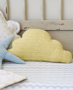 Handknit Cloud Pillow from #HannaAndersson.