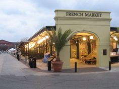 Beautiful section of the French Quarter!  Love the foods, baubles and beads, clothing, Mardi Gras masks and more!