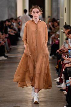 Muslim Fashion, Hijab Fashion, Indian Fashion, Fashion Dresses, Womens Fashion, Fashion Pants, Simple Dresses, Casual Dresses, Casual Outfits