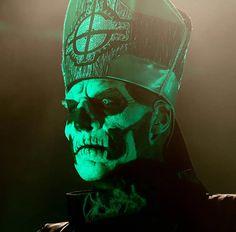 Papa Emeritus II, Ghost