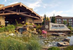 places to stay in Florence on the Oregon Coast.   RePinned by : www.powercouplelife.com