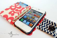 """diy smart phone wallet sewing tutorial- would add """"pocket"""" to hold phone Denim pocket wallets. sewing tutorials Tiffany & Co - Smart Wallet . Sewing Hacks, Sewing Tutorials, Sewing Crafts, Sewing Projects, Diy Crafts, Tutorial Sewing, Sewing Tips, Tape Crafts, Diy Projects"""
