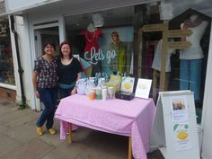 Mistral Wallingford's Lemonade stand, raising money for the local food bank during Wallingford's Festival of Cycling 2015.