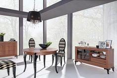 Piękny, okrągły stół z naturalnego forniru. Tylko w Mega Meble