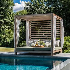 Tuuci Equinox Cabana available from AuthenTEAK. outdoor pool Tuuci: Commercial Umbrellas for Hospitality and Home Pool Cabana, Outdoor Beds, Cabana, Outdoor Decor, Modern Outdoor Furniture, Outdoor Daybed, Outdoor Furniture Ideas Backyards, Outdoor Living, Pool Designs
