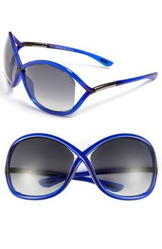 Tom Ford 'Whitney' Sunglasses...if only I could justify spending $400 on sunglasses.  Le sigh
