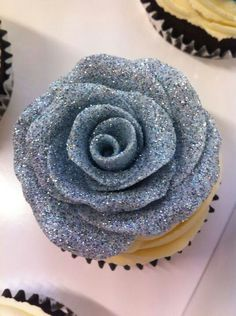 sparkly cupcake