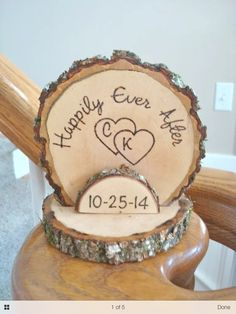 Engraved tree stump