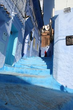 The colors are real. See them if you can. In person. In Chaouen.