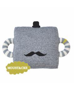 Grappig kussen met snor #kinderkamer | Moustache pillow #kidsroom