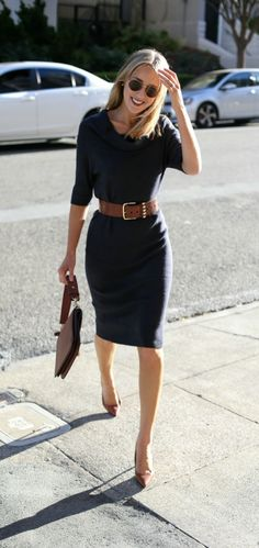 Professional work outfits for women ideas 26