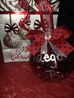 [Christmas Gift Ideas] Christmas Gifts For Him 'Who Has Everything' * Find out more at the image link. Top Christmas Presents, Christmas Gifts For Him, Christmas Time, Christmas Bulbs, Christmas Decorations, Holiday Decor, Cheer Gifts, Cheer Bags, Homemade Christmas Wreaths