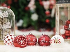 Christmas Colour Schemes, Christmas Colors, Christmas Tree Decorations, Christmas Holidays, Christmas Bulbs, Holiday Decor, Beautiful Christmas Trees, Workshop, Channel