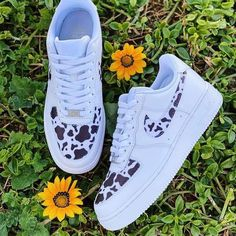 Sneakers Mode, Cute Sneakers, Sneakers Fashion, Shoes Sneakers, Shoes Uk, Nike Fashion, Milan Fashion, Fashion Fashion, Runway Fashion