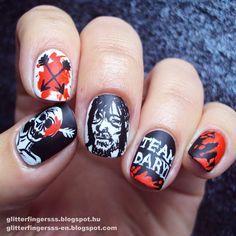 Instagram media glitterfingersss -   Halloween | The Walking Dead #nail #nails #nailart