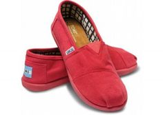 TOMS Fuschia Canvas Youth Classics  #MountainHighOutfitters #Toms
