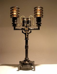 Steampunk Lamp. almost look like old binoculars in the middle