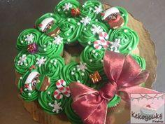 corona navideña cupcakes y buttercream