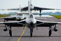 "500px / Photo ""Hunter Haze vs Vulcan XH558"" by Stevie Beats  aviation"