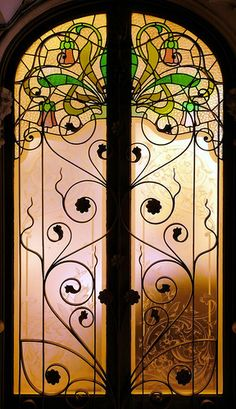 The Nicest Pictures: Art Nouveau - Barcelona, Catalonia Stained Glass Door, Leaded Glass, Mosaic Glass, Glass Doors, Cool Doors, Unique Doors, Arts Barcelona, Barcelona Spain, Art Nouveau Arquitectura