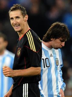 World Cup final comes down to Messi's Argentina vs Germany's team machine