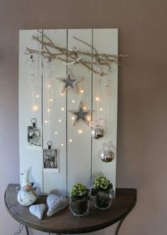 Steigerhout decoratie Noel Christmas, Rustic Christmas, Winter Christmas, Christmas Lights, Christmas Design, Scandinavian Christmas, Christmas Vignette, Christmas Branches, Tree Branches