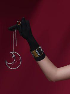 'Shadow Lay' Still Life Concept by Daphne Westland   Trendland Jewelry Model, Photo Jewelry, Chanel Watch, Shadow Play, Shadow Puppets, Jewelry Photography, Art Director, Fashion Shoot, Jewellery Display