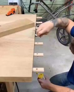 Click the link for projects. Wood Bench & & Right Angle Clamp Jig & DIY & Work of Art & Woodworking Projects and Plans& The post Woodworking tips and tricks for beginners Diy Furniture Videos, Diy Furniture Plans, Woodworking Furniture, Woodworking Crafts, Woodworking Tools, Woodworking Equipment, Japanese Woodworking, Woodworking Jigsaw, Woodworking Fasteners