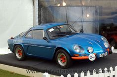 #RenaultAlpine a very cute car...