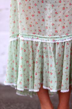 roses prairie   http://girlskirtcollections.blogspot.com