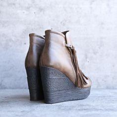 sbicca vintage collection - zepp wedge fringe ankle bootie - more colors