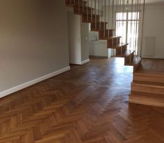 Ferrer floors ag - Parkett in Basel Reinach Bodenbeläge Linoleum PVC Kautschuk Teppiche Designbeläge