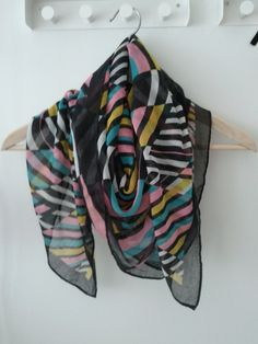 H color scarf  $5