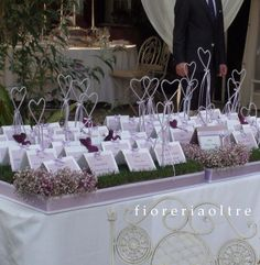 Fioreria Oltre/ Wedding table seating plan/ Tableau de mariage/ Place cards/ Escort card table