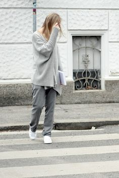 all grey street style Style Diary, My Outfit, Parisian, Lifestyle Blog, Normcore, Street Style, Grey, Outfits, Fashion