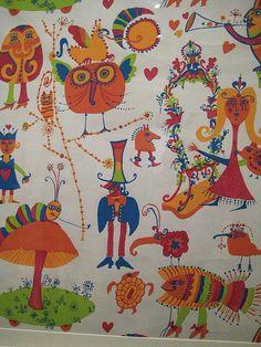 1960s Alice in Wonderland wallpaper by kmhinkle, via Flickr