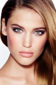 Charlotte Tilbury 'Uptown Girl' Look...love her glamorous makeup line! ❤️