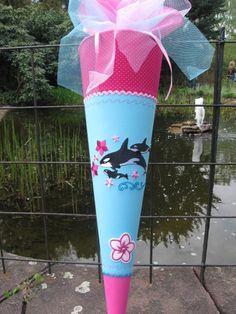"""Schultüte+""""ORCA""""+türkis,+aus+Stoff+von+lantana+auf+DaWanda.com Etsy, Paper, Outdoor Decor, Kids, Schoolgirl, Dolphins, School Children, Entering School, Sewing For Kids"""