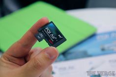 PQI Air Card lets you wirelessly access your camera's photos (hands-on)