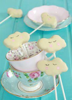 Cake pops con forma de nube