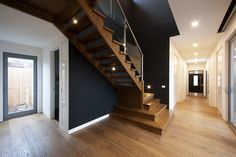 American Oak | Timber | Stairs | Glass | Balustrade | Feature | Landings | Stainless Steel | Handrail | Design | Flight | Balustrade