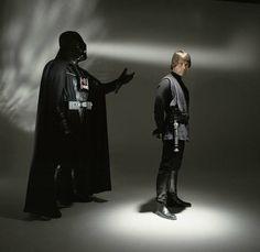 Brian Griffin: darth vadar & Luke skywalker - return of the jedi. Darth Vader, Star Wars Darth, Star Wars Luke Skywalker, Anakin Skywalker, Star Wars Pictures, Star Wars Images, Mark Hamill, Chewbacca, Boba Fett