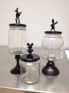 Glasses, glasses, glasses … Upcycled with Dollar Tree cartoon characters and candlesticks - Upcycled Crafts DIY Disney Diy, Disney Home Decor, Disney Crafts, Crafts With Glass Jars, Glass Jars With Lids, Mason Jar Crafts, Mason Jars, Jar Lids, Change Jar