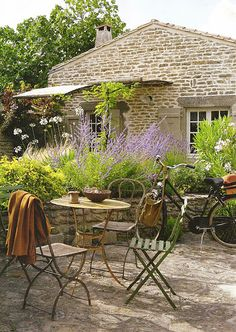 French cottage, but you don't have to go to France to get this shot, you can recreate it for yourself.