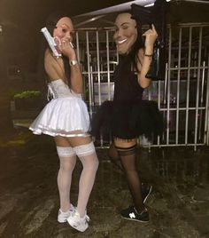 45 Funny Halloween Costume Ideas For Best Friends Cute Group Halloween Costumes, Trendy Halloween, Couple Halloween, Halloween Outfits, Diy Halloween, Halloween Decorations, Halloween Nails, Breaking Bad Kostüm, Theme Carnaval