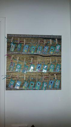 De sinterklaas aftel - kalender vanaf de intocht tot pakjesavond. Elke dag mogen de kinderen een kaartje omdraaien en op de achterzijde staat wanneer ze hun schoentje mogen zetten.