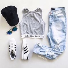 25 Super Ideas For Sneakers Outfit Pink Casual Fashion Mode, Teen Fashion Outfits, Mode Outfits, Outfits For Teens, Fall Outfits, Fashion Clothes, Sport Fashion, Jeans Fashion, Fashion Ideas