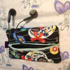 Earphone Holder, Kleenex Pocket, Zipped Pouch, Tissue Holder, Small Purse,  Credit Card Holder, Bag Tidy, headphone, earbud holder Handmade Purses, Handmade Gifts, Selling Handmade Items, Dog Mom Gifts, Unusual Gifts, Sunglasses Case, Gifts For Her, Pouch, Pocket